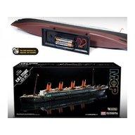 Academy - Kit constructie RMS Titanic scara 1/700 colorat si cu leduri lumina