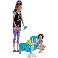Mattel - Papusa Barbie Family , Mergem la nani, Multicolor
