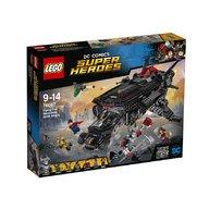 LEGO - Flying Fox atacul aerian cu Batmobilul