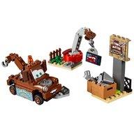 LEGO® Depozitul de fier vechi al lui Bucsa