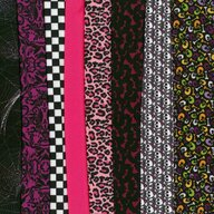 Dress Your Doll - Set de materiale hainute pentru papusi Couture Monster Selection,