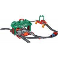 Fisher Price - Tren Knapford Station  Cu vagon, Cu sina, Cu locomotiva by Mattel Thomas and Friends