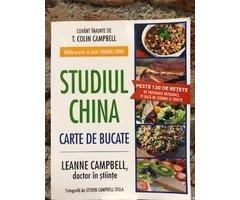 CARTE STUDIUL CHINA - COLECTIA DE RETETE A VEDETELOR