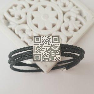 Bratara barbati - personalizata cu QR code - Argint 925 si Piele impletita