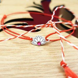 Bratara Martisor - Floare de Lotus - Argint 925, cristal Swarovski, snur rosu
