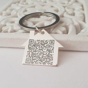 Breloc Casuta personalizat cu QR code - Argint 925, otel inoxidabil