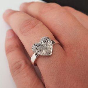 Inel personalizat - Inima cu amprenta digitala - Argint 925