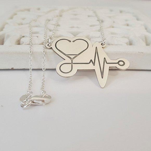 Lantisor cu pandantiv personalizat - Stetoscop sub forma unei inimi - Argint 925