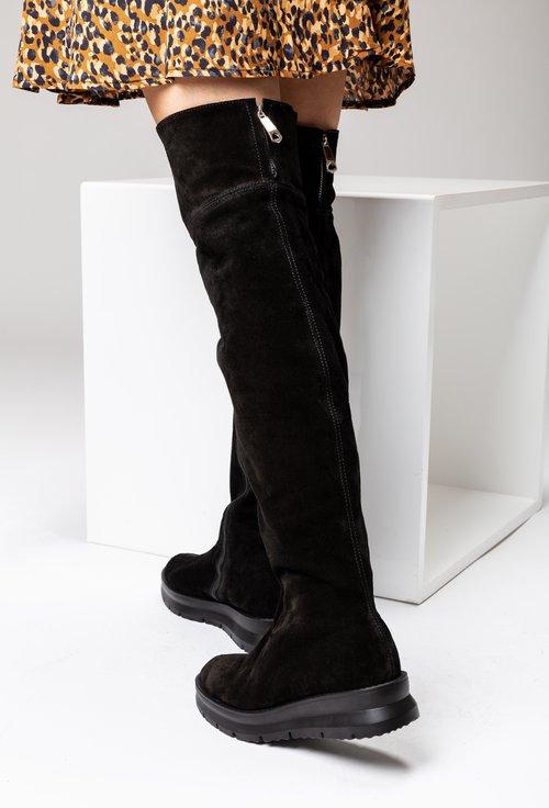 Cizme negre peste genunchi din piele naturala intoarsa