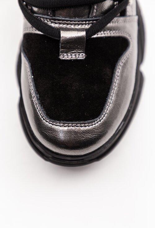 Ghete argintii din piele naturala cu detalii negre
