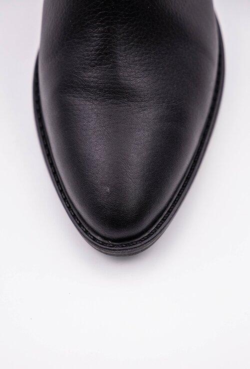 Ghete negre din piele box cu detaliu curele