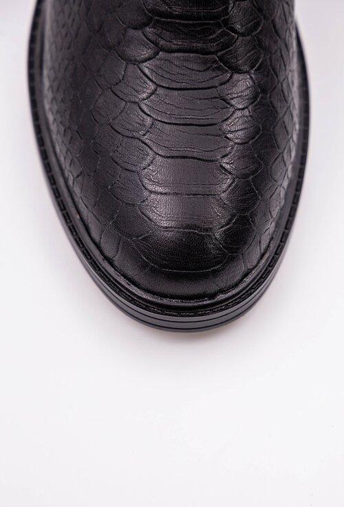 Ghete negre din piele naturala texturata cu fermoar