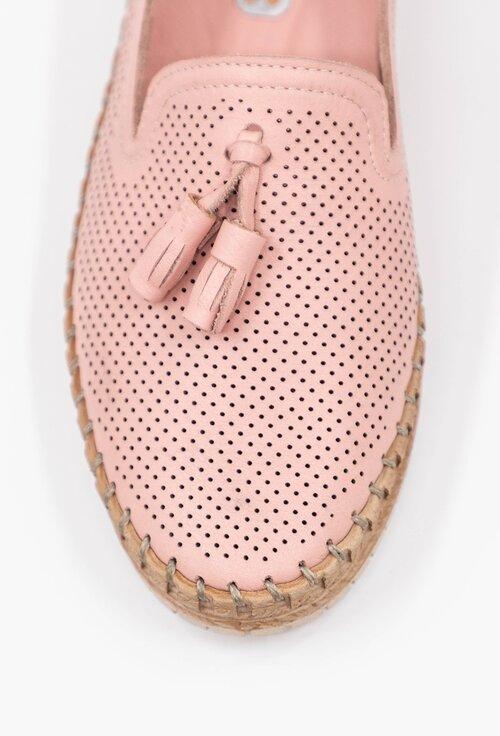 Mocasini roz din piele naturala perforata cu detaliu canaf
