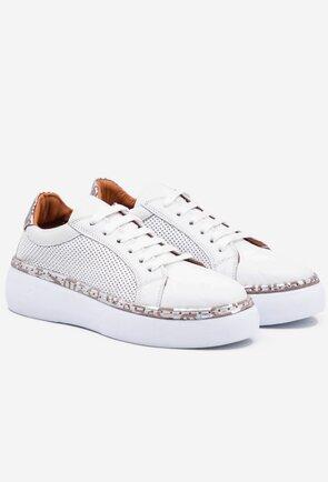 Pantofi albi din piele naturala cu detalii perforate