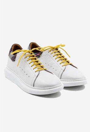 Pantofi albi din piele naturala cu detaliu snake print