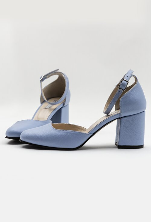 Pantofi bleu deschis din piele naturala cu bareta