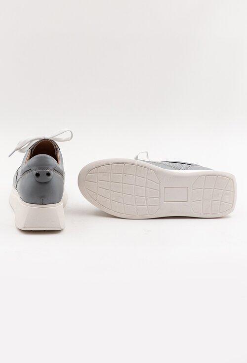 Pantofi bleu din piele naturala