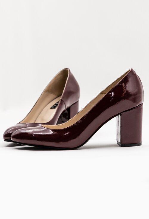 Pantofi bordo din piele naturala lacuita