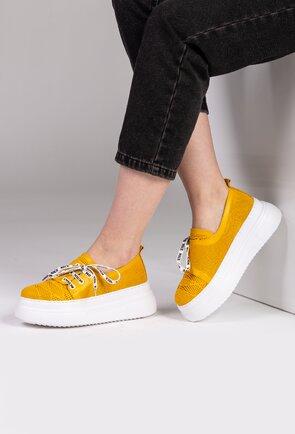 Pantofi galbeni din piele cu platforma