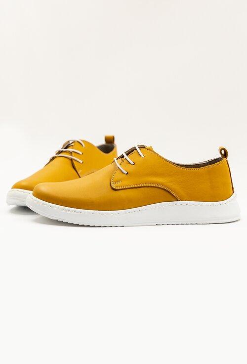 Pantofi galbeni din piele cu talpa flexibila