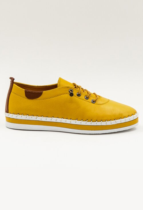 Pantofi galbeni din piele naturala