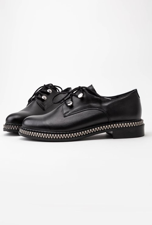 Pantofi negri din piele cu detaliu cu fermoar