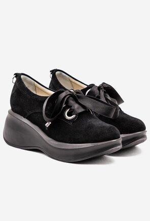 Pantofi negri din piele intoarsa cu panglica