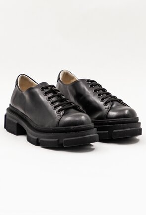 Pantofi negri din piele naturala box cu sireturi