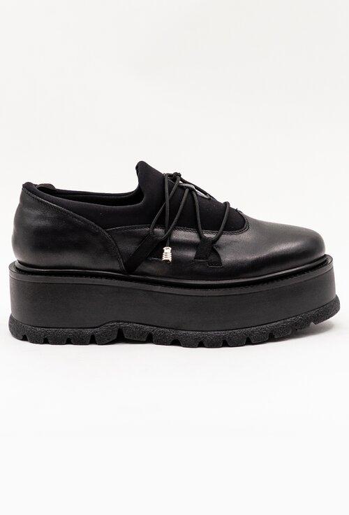 Pantofi negri din piele naturala cu siret elastic