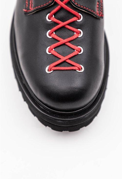Pantofi negri din piele naturala cu siret rosu