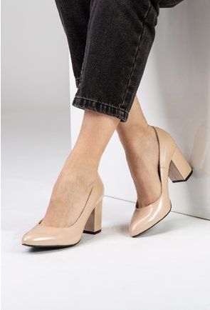 Pantofi nude din piele naturala lacuita