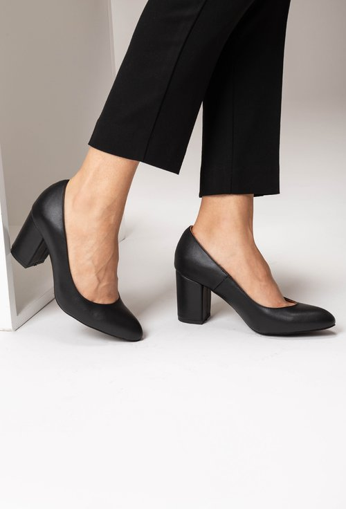 Pantofi office negri din piele naturala box