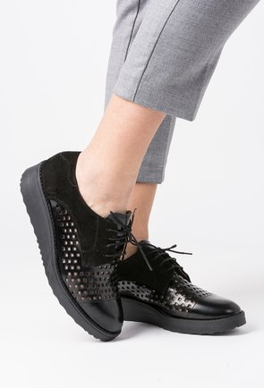 Pantofi Oxford negri din piele naturala Iordina