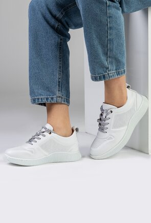 Pantofi sport albi din piele naturala box
