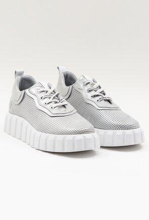 Pantofi sport argintii din piele naturala perforata