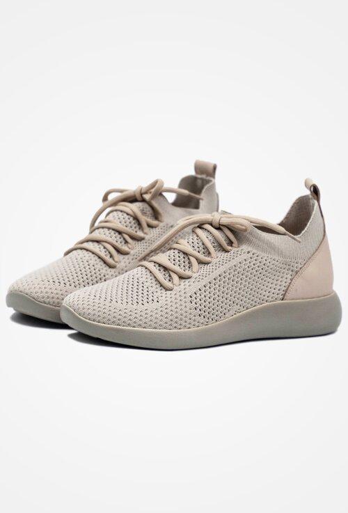Pantofi sport bej din material textil cu siret