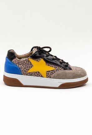 Pantofi sport bej din piele cu animal print si detaliu stea