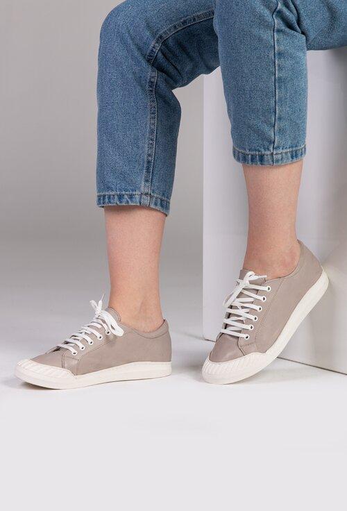 Pantofi sport din piele in nuanta de gri
