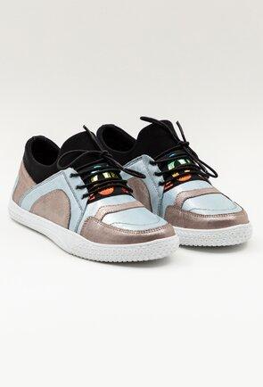 Pantofi sport din piele naturala cu aspect sidefat