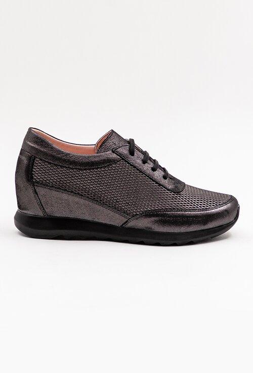 Pantofi sport gri metalizat din piele perforata