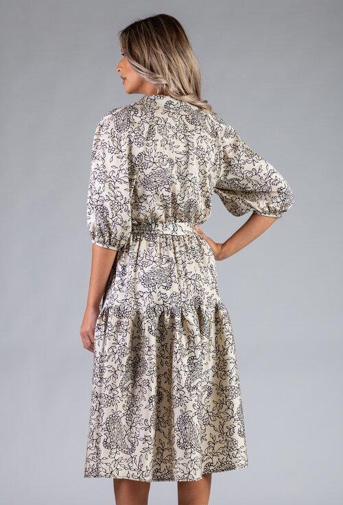 Rochie ampla cu imprimeu floral si maneci bufante
