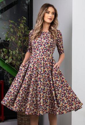 Rochie ampla tip clos cu imprimeu floral
