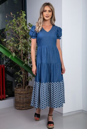 Rochie bleumarin deschis lunga cu detalii cusute