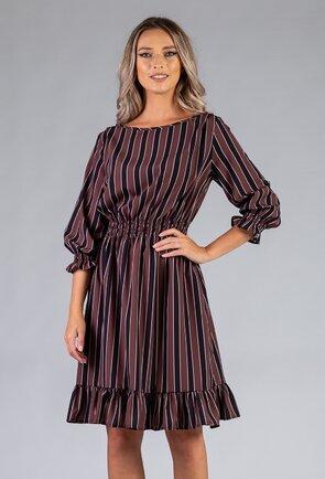 Rochie cu dungi prevazuta cu volan