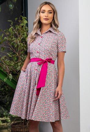 Rochie cu imprimeu floral si nasturi