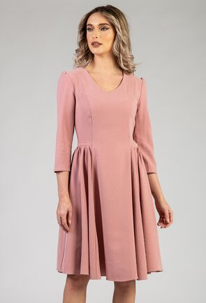 Rochie nuanta roz pal cu pliuri laterale