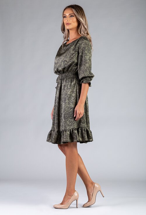 Rochie nuanta verde inchis prevazuta cu volan