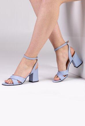 Sandale din piele naturala nuanta bleu deschis