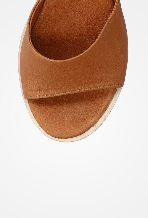 Sandale din piele nuanta maro cu platforma