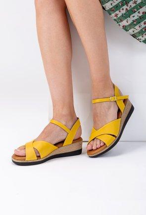 Sandale galbene cu platforma din piele naturala Iasmi